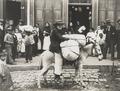 Vendedor callejero 1899.png