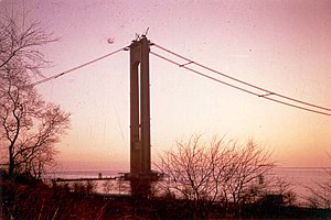 Verrazano-Narrows Bridge - Image: Verrazano Narrows Bridge circa 1960