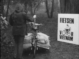 Bestand:Verzending hulpgoederen Vietnam-514068.ogv