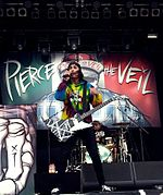 https://upload.wikimedia.org/wikipedia/commons/thumb/7/70/Vic_Fuentes_%40_Rock_am_Ring_2013.jpg/150px-Vic_Fuentes_%40_Rock_am_Ring_2013.jpg