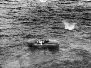 Vickers Warwick ASR lifeboat on the water 1945.jpg