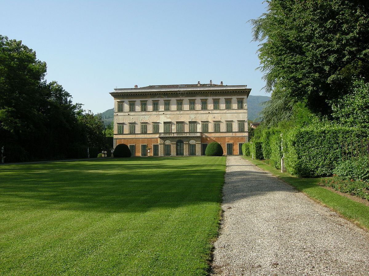 Villa reale di marlia wikipedia for Foto di ville colorate