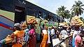WL-CI-Yamoussoukro-Escale de bus.jpg