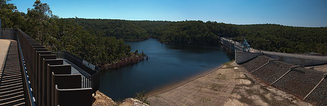 Warragamba Dam - Wikipedia
