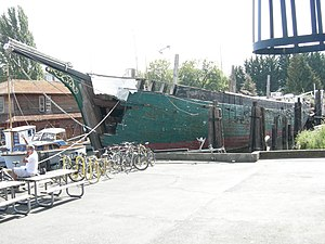 Wawona (schooner) - Wawona, 2007, needing major restoration