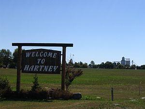 Hartney - Image: Welcome to Hartney