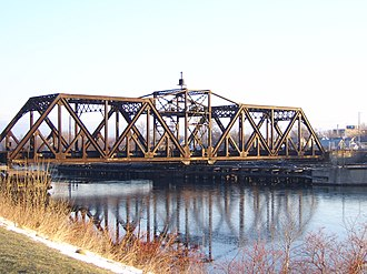 Welland Canal, Bridge 15 - Bridge 15 - The Canada Southern Railway swing bridge over the former route of the Welland Canal