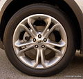 Wheel of 2011 Ford Explorer (6615638249).jpg