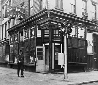 White Horse Tavern (New York City) - The White Horse Tavern in 1961