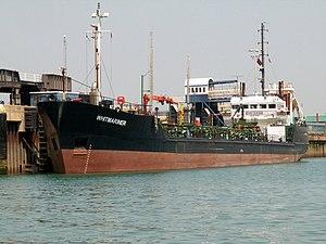 Whitmariner, Dover 07-Jun-2006.jpg
