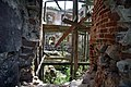 Wnętrze ruin zamku Nowy Jasiniec.jpg