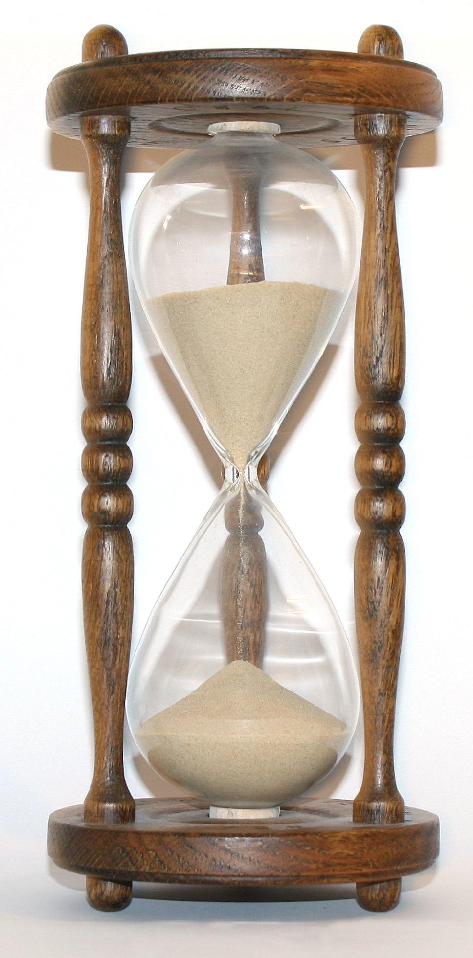 Wooden hourglass 3