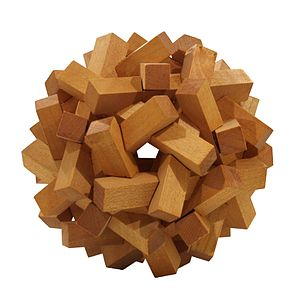 English: Wooden toy polyhedron
