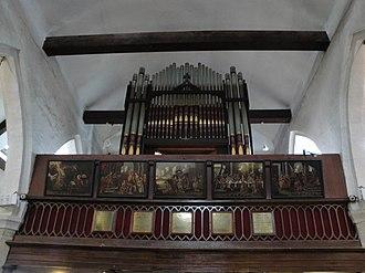 St James' Church, Yarmouth - The organ