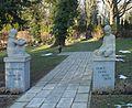 Zentralfriedhof - Mädchen und Knabe 2017-01-20 ama fec.jpg