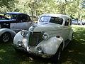 '38 Pontiac (7eme picnic et BBQ 2013 du club de Lowrider LuxuriouS Montréal).JPG