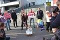 Денис Курочкин разбивает бюст Дерипаски у Ельцин центра 11 апреля 2019 года.jpg