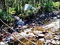 Моя палатка в базовом лагере с моста.jpg