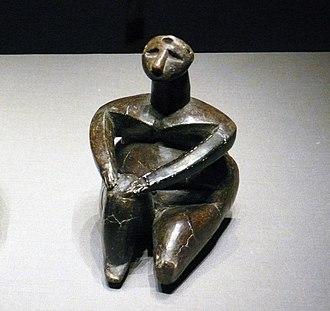 Hamangia culture - Image: 坐着的女人塑像