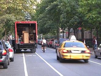 Bikeway controversies - Image: 0132 klzwick DSCN0822