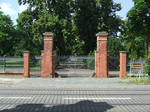 020 entrance gate of Nordfriedhof.png