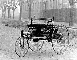 Autocinetum primum. Mercedes-Benz circa 1885