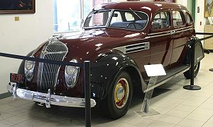History of Chrysler - 1936 Chrysler Airflow Series C-9