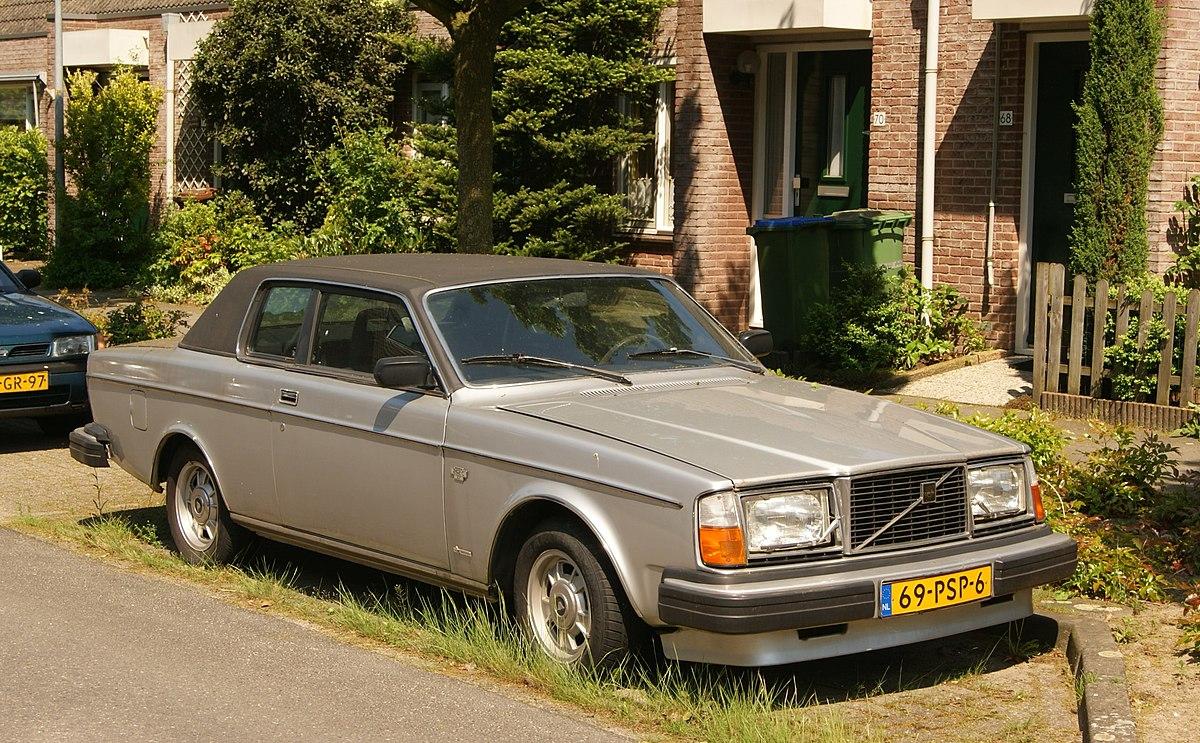 volvo 262c wikipedia rh en wikipedia org Volvo 242 1985 Volvo 240 GL