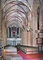 20040623130DR Anklam Marienkirche zur Orgel.jpg