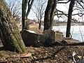 2011-04-23 Гатчина. Остатки ворот в Приоратский парк (2).jpg