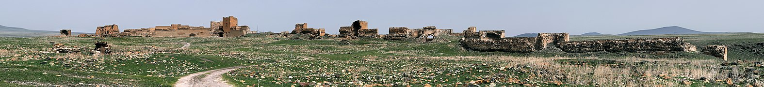 20110419 Ani North Walls Turkey Panorama.jpg