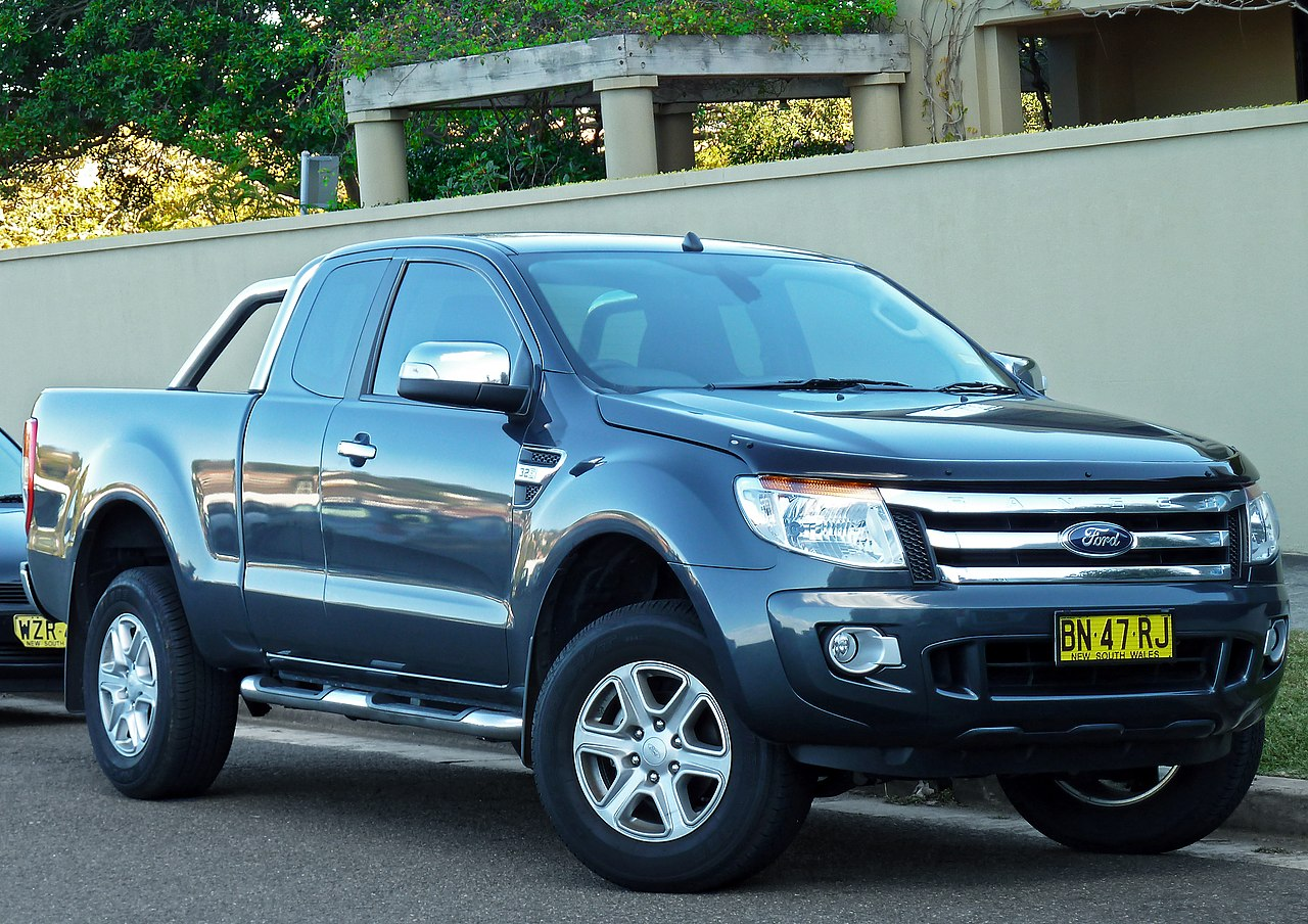 File:2011 Ford Ranger (PX) XLT High Rider 4-door Super Cab utility ...