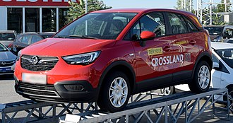 Opel Crossland X - Image: 2017 Opel Crossland X front (red) 1 crop