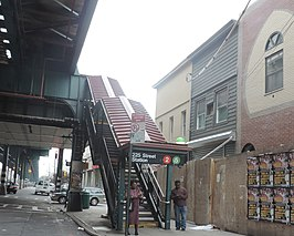 225 St IRT west stair WPR jeh.jpg