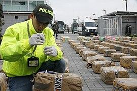 5.879 kilos de marihuana fueron incautados en Bogotá (8674562523).jpg