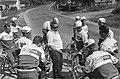 51ste Tour de France 1964 Televizierploeg tijdens training Ploegleider Kees P…, Bestanddeelnr 916-5806.jpg