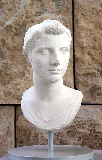 Octavia the Younger - Image: 8106 Roma Ara Pacis Ottavia Minore Foto Giovanni Dall'Orto 30 Mar 2008
