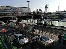 """Station """"Aéroport d'Orly"""" de la ligne 7 du tramway, en 2019."""