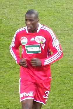 Adamo Coulibaly jugó en el Debreceni antes de pasar al RC Lens de Francia. a5e22cd070