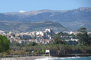 Blick auf die Stadt vom Strand