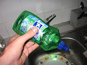 Dishwashing liquid in use