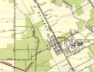 """Agnew's Village, California - 1953 USGS map showing """"Agnew"""", where Agnew Rd. crosses the Southern Pacific railroad track that runs parallel to Lafayette Ave., Santa Clara, California"""