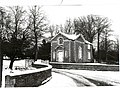 Aldby Park Gatehouse In The Snow - geograph.org.uk - 351996.jpg