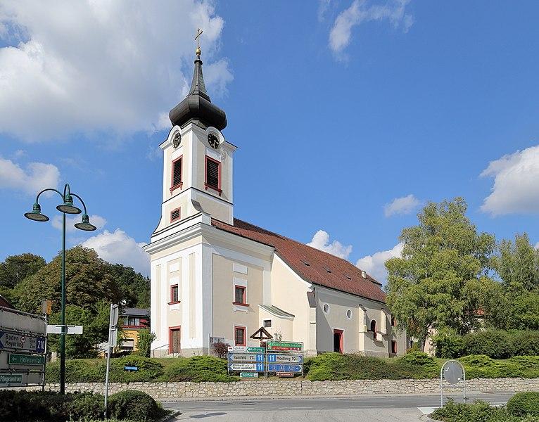 File:Alland - Kirche (2).JPG