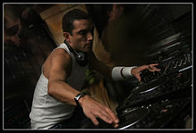 Antoine clamaran get down dj fist