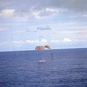 Apollo13 splashdown