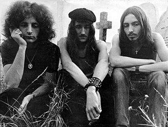 Atomic Rooster - Atomic Rooster in 1970 (left to right: John Du Cann, Vincent Crane, Paul Hammond)