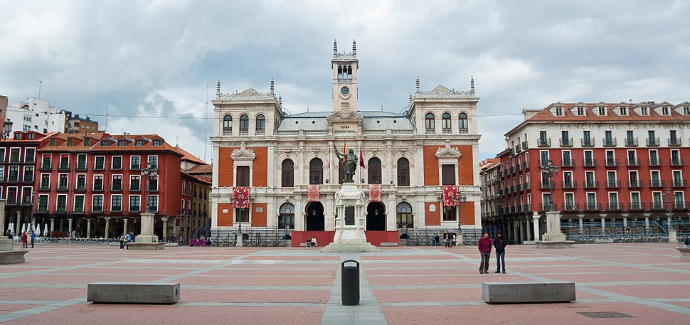 Ayuntamiento de la ciudad en la Plaza Mayor de Valladolid