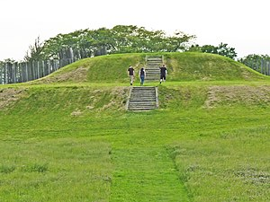 Aztalan State Park - Steps on the eastern face of the largest platform mound, Aztalan State Park