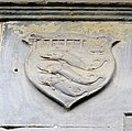 Badia fiorentina, portale su via alighieri, 03 stemma pandolfini.JPG